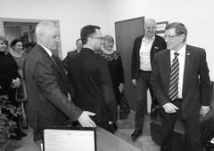 Прибывшего в Думуг.о. Тольятти губернатора Ротари-дистрикта №2220 Алексея Куценка (в центре) встречали первые лица думы