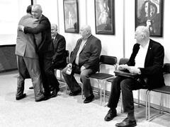 Юбилейная выставка ТГУ собрала выпускников разных лет