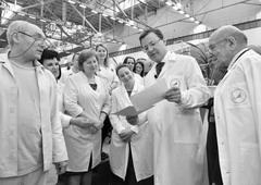 Губернатор Самарской обл. Дмитрий Азаров поздравил коллектив РКЦ «Прогресс» с Днем космонавтики