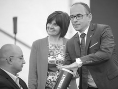 Отвечая на вопросы акционеров, новый президент ПАО «АВТОВАЗ» Ив Каракатзанис (справа) сообщил, что он православны
