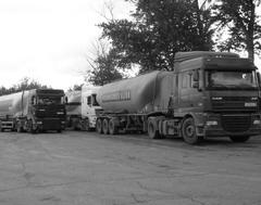 На птицефабрике теперь гостят грузовики