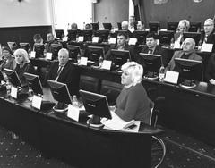 ОП Тольятти впору переименовывать в Палату прогульщиков: из 30 ее членов до заседания, с опозданием дошел лишь 21