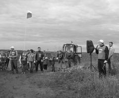 День России активисты «Экология России» во главе с Денисом Волковым отметили работами по восстановлению леса