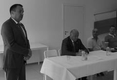 2016г. Было время, когда Виктор Сазонов приезжал на предприятие Ривгата Хузина (слева) поздравить с Днем строителя