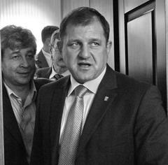 То, что сегодня может не давать политического покоя Александру Довгомеле, Борислав Гринблат пережил еще несколько лет назад