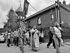 Крестный ход, памяти убиенных святых Царственных мучеников -Государя Императора Николая II и Его Августейшей семьи