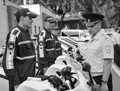 Врио начальника УГИБДД полковник полиции Юрий Некрасов провел инструктаж личного состава нового мотовзвода