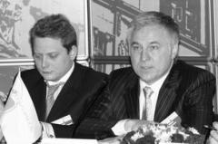Алексею Титову (слева) и Олегу Синицыну (справа) предстоит найти дополнительные аргум