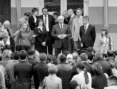 Общение с родителями и учителями школ без протокола было для губернатора Николая Меркушкина одним из приоритетов в День знани