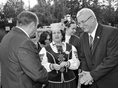 Александр Дроботов поздравил жителей Портпоселка с юбилеем