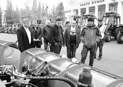 Тольяттинские дорожники продемонстрировали готовность к зиме