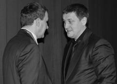 Президент областной федерации дзюдо Иван Мотынга (справа) решал в кулуарах мероприятия различные вопросы