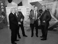 В год празднования 100-летия ВЛКСМ бывшие комсомольские вожаки снова вместе