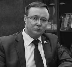 Дмитрий Микель: