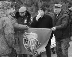 Тольяттинские участники «Боевого братства» пустили в свои ряды бывшего мэра Николая Уткина (в центре).