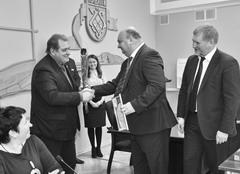 Дмитрий Герасимов принял поздравления в рамках награждения победителей конкурса «Формула хороших дел»