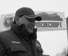 Во время субботних гонок победителем стал Игорь Есиповский