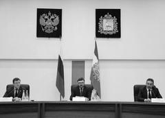 Игорь Буренков (в центре) представил нового главфед инспектора по Самарской обл. Владимира Купцова (справа)